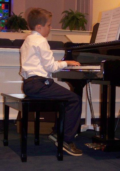2009-6-9-lukes-piano-recital