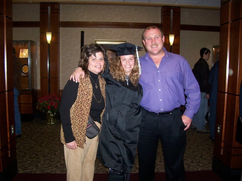 2006-12-20-wendys-graduation-from-nc-state-16