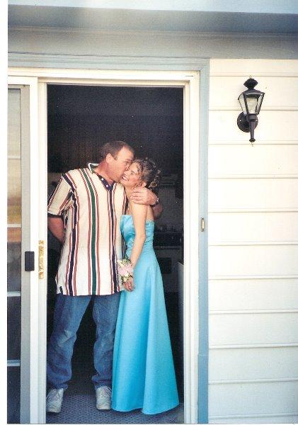 2001-may-wendys-sr-prom-may