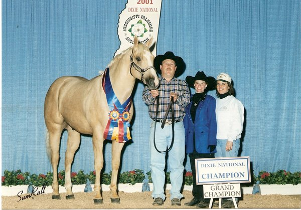2001-2-wendys-colt-jackson-as-grand-champion-at-the-dixie-nationals-in-jackson-mississippi